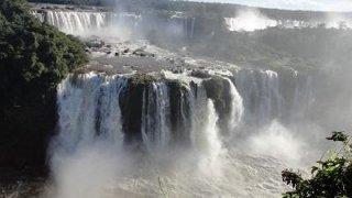 Les chutes d'Iguazu depuis le côté brésilien