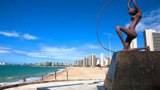 Plage de Fortaleza dans le Nordeste au Brésil