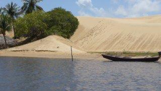 Bateau près d'Atins un village du Nordeste au Brésil