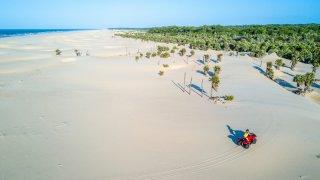 En quad près d'Ilha dos Poldros au Brésil